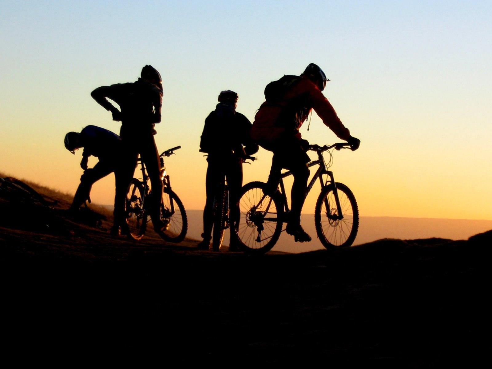 sunset-downhill-mountain-bike-hd